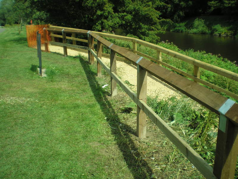 Chester-le-Street Fishing - Fencing