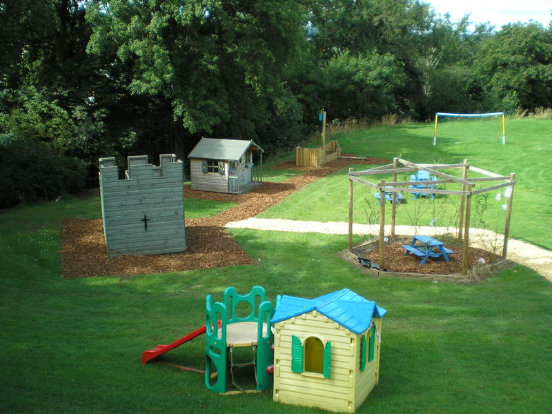 Low Fell School - Play Equipment
